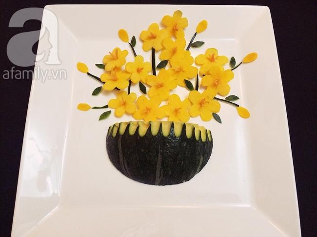 Để trang trí đĩa ăn ngày Tết đừng bỏ qua cách tỉa hoa siêu đơn giản sau đây! - Ảnh 7.