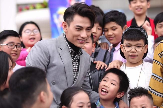 Bích Phương, Văn Mai Hương, Issac chính thức chấm thi Vietnam Idol Kids - Ảnh 8.