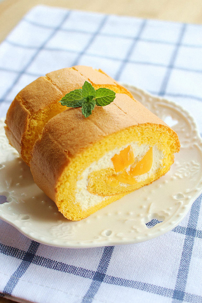 Bánh cuộn nhân xoài ăn mãi không chán - Ảnh 7.