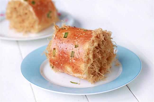 Bánh mỳ chà bông