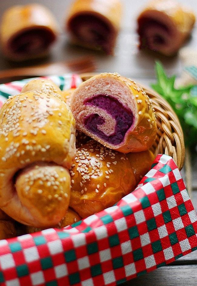 Bánh mỳ xoắn ốc tím lịm cực dễ thương - Ảnh 6.