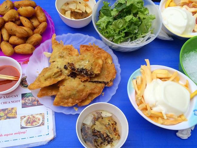 8 món ăn ngon nổi tiếng làm nên tên tuổi của khu ẩm thực Nghĩa Tân - Ảnh 2.
