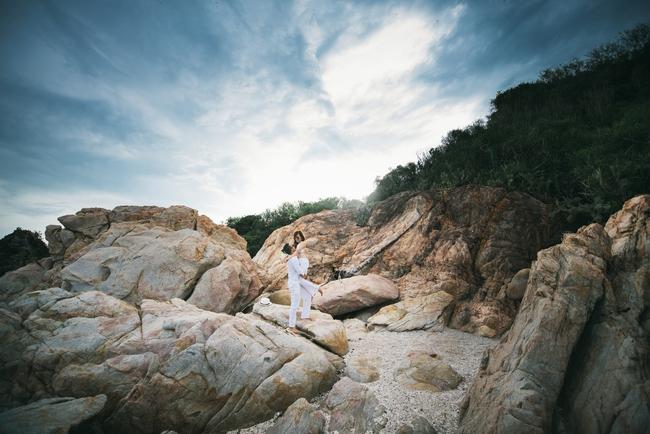 Xem xong những tấm hình này bạn sẽ thốt lên: Phải chụp ảnh cưới ở Phú Yên - Ảnh 2.