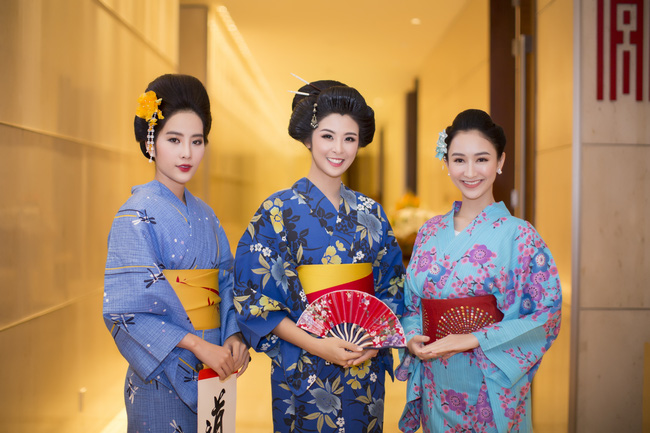 Hoa hậu Mỹ Linh, Ngọc Hân đọ sắc trong trang phục Kimono - Ảnh 6.