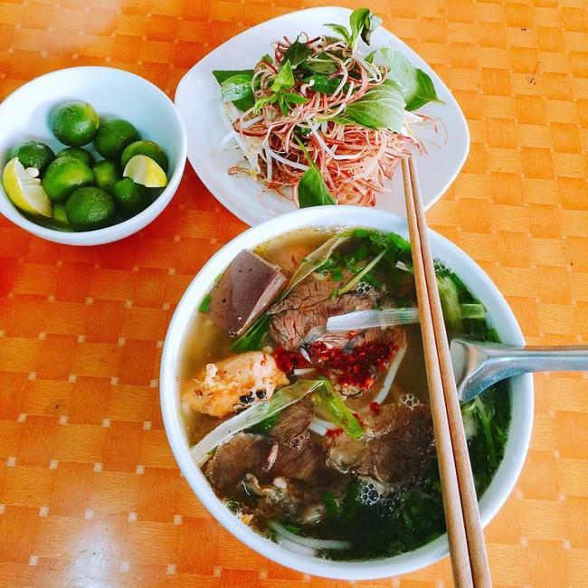 Mách bạn 8 quán ăn ngon, mở bán sớm để giải ngấy cỗ Tết ở Hà Nội - Ảnh 9.