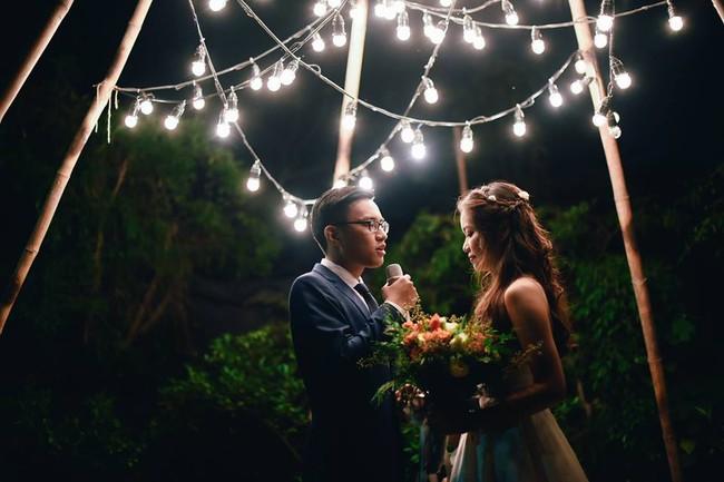 Yêu chết đi được với đám cưới siêu xinh tại khu vườn màu xanh của cặp đôi từng hẹn ước dưới mưa sao băng - Ảnh 4.