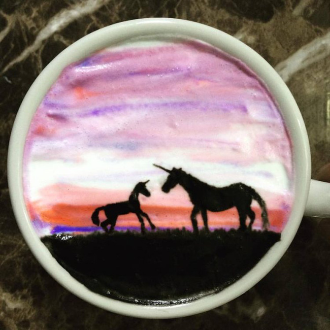 Độc đáo những tác phẩm nghệ thuật đỉnh cao trên tách cà phê - Ảnh 2.