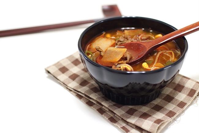 Canh thịt bò nấu giá đỗ thanh ngọt ngon cơm - Ảnh 5.