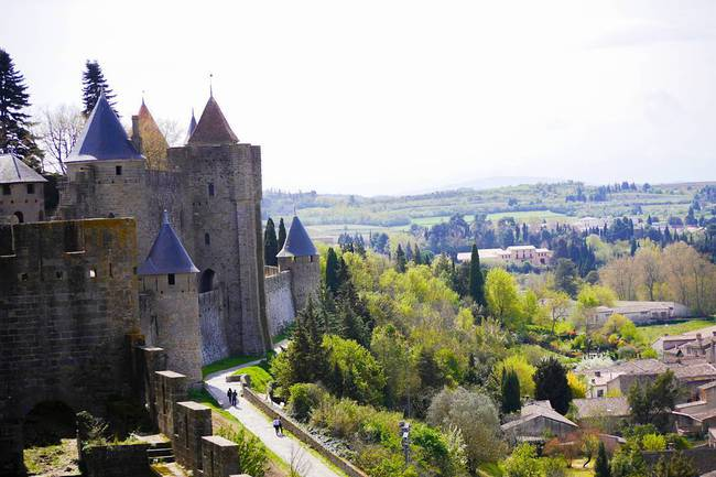 10 ngôi làng đẹp như thiên đường dưới hạ giới của nước Pháp - Ảnh 18.