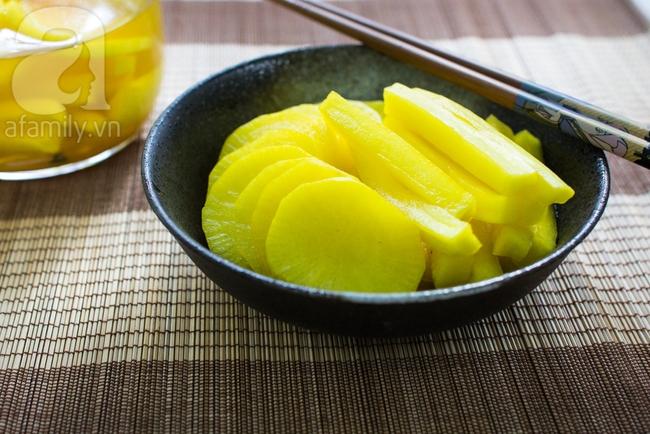 Học người Hàn cách làm củ cải muối vàng giải ngán ngày Tết vừa lạ vừa ngon - Ảnh 7.