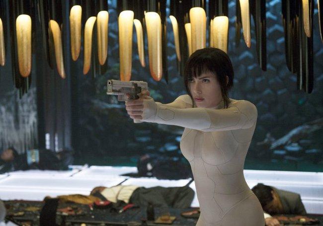 Scarlett Johansson bật mí bí quyết giữ dáng để trở thành nữ diễn viên hành động quyến rũ nhất Hollywood - Ảnh 11.