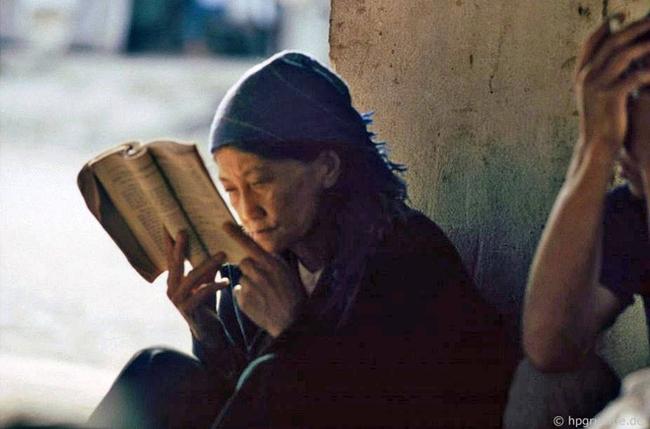 Quay ngược về 3 thập kỷ trước, lặng ngắm cổ trấn Sapa hoang sơ trong mắt nhiếp ảnh gia Tây - Ảnh 24.