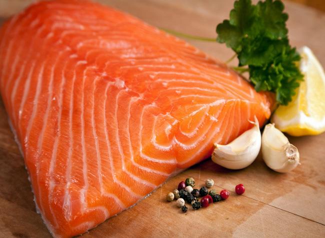 10 thực phẩm cần tránh nếu bạn đang muốn thụ thai - Ảnh 1.