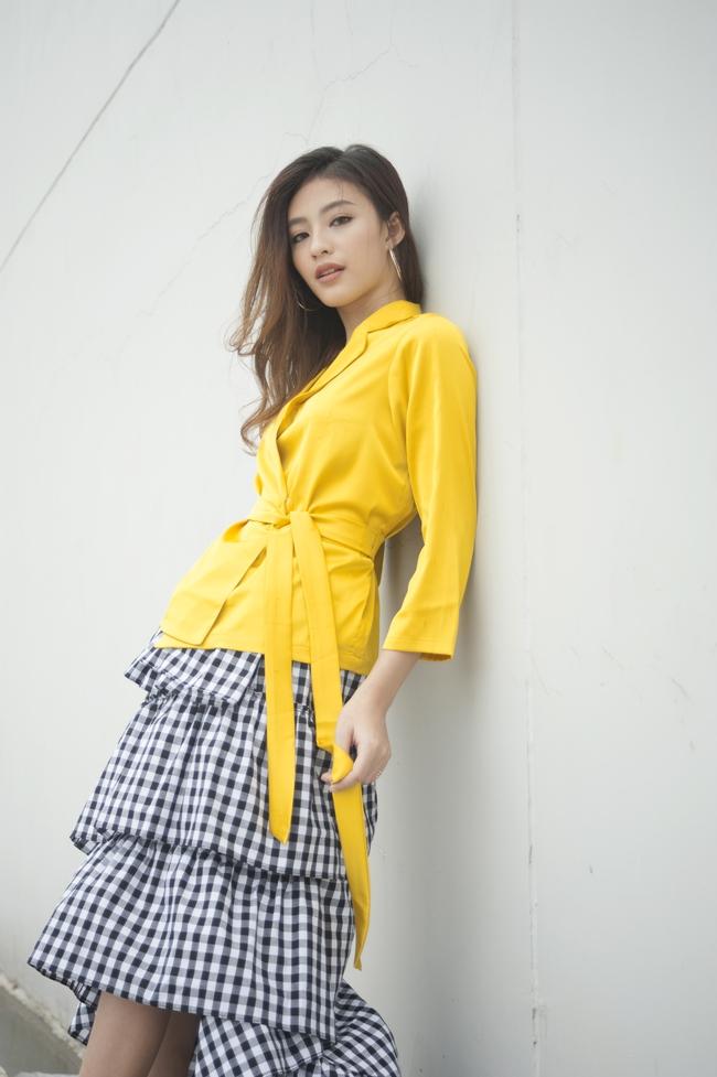 Không tặng son thì váy áo của loạt thương hiệu Việt dưới đây cũng sẽ là quà Valentine có tâm nhất cho các nàng - Ảnh 6.