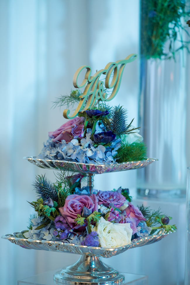 Đám cưới tiền tỷ sân khấu trải toàn hoa tươi nhập ngoại của cô dâu hoa khôi và chú rể Việt kiều - Ảnh 20.