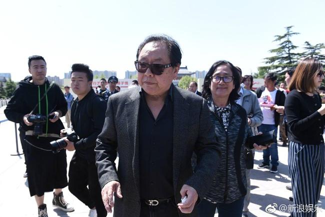 Dàn diễn viên Tây Du Ký tề tựu trong đám tang nữ đạo diễn Dương Khiết - Ảnh 8.