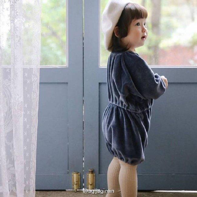Bé gái 3 tuổi xinh xắn đốn tim hàng trăm nghìn cư dân mạng - Ảnh 8.