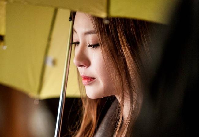 Viết cho em: Nếu gặp một <a target='_blank' href='http://www.phunuvagiadinh.vn/tag/nguoi-dan-ong'>người đàn ông</a> thực sự tốt, thì em đã chẳng phải rơi nước mắt - Ảnh 1.