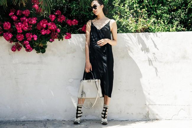 Street style quý cô châu Á: Diện đơn giản mà chất thế này thì nàng nào cũng muốn bắt chước theo - Ảnh 4.