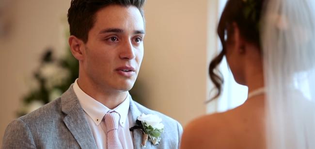 Đám cưới này sẽ đập tan định kiến nghĩ rằng những cặp đôi thích thể hiện tình yêu qua MXH đều không có hậu - Ảnh 14.