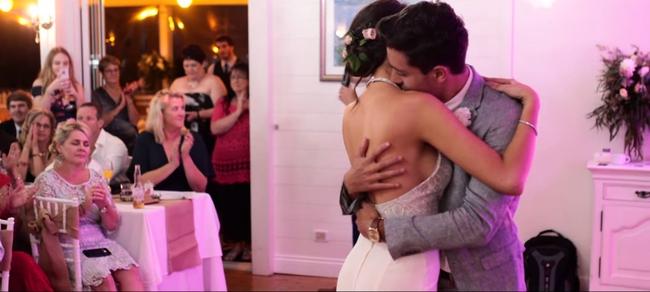 Đám cưới này sẽ đập tan định kiến nghĩ rằng những cặp đôi thích thể hiện tình yêu qua MXH đều không có hậu - Ảnh 15.