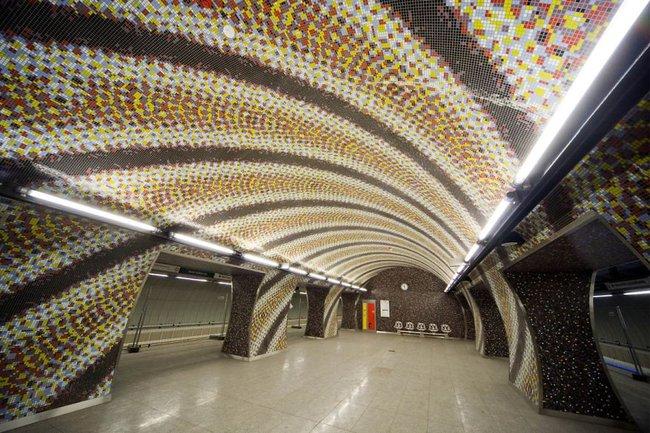 Những ga tàu điện ngầm có thiết kế độc đáo nhất trên thế giới - Ảnh 24.