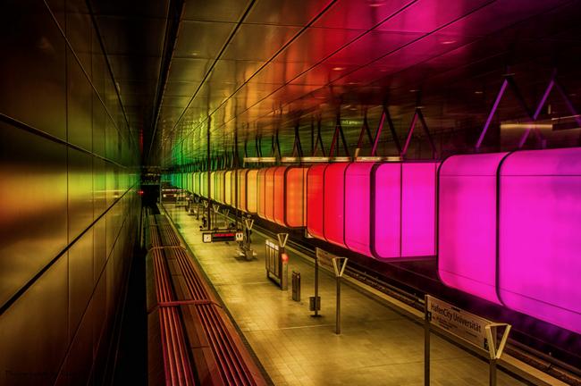 Những ga tàu điện ngầm có thiết kế độc đáo nhất trên thế giới - Ảnh 27.