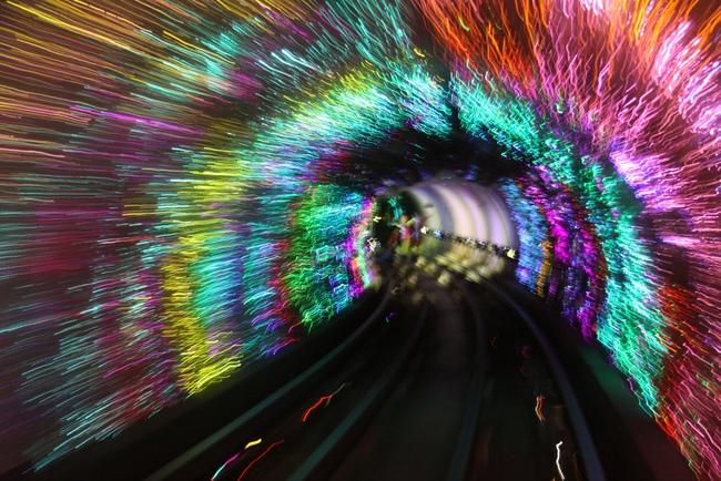 Những ga tàu điện ngầm có thiết kế độc đáo nhất trên thế giới - Ảnh 7.