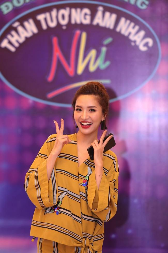 Bích Phương, Văn Mai Hương, Issac chính thức chấm thi Vietnam Idol Kids - Ảnh 1.