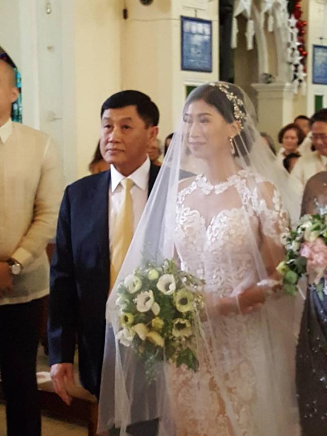 Hôn lễ của chị chồng Tăng Thanh Hà: Sang chảnh, xa hoa và vui ngất trời - Ảnh 10.