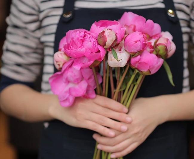 Ngắm loạt hoa nhập khẩu độc, đẹp khiến quý ông không tiếc tiền chi hẳn trăm triệu tặng vợ dịp 8/3 - Ảnh 27.