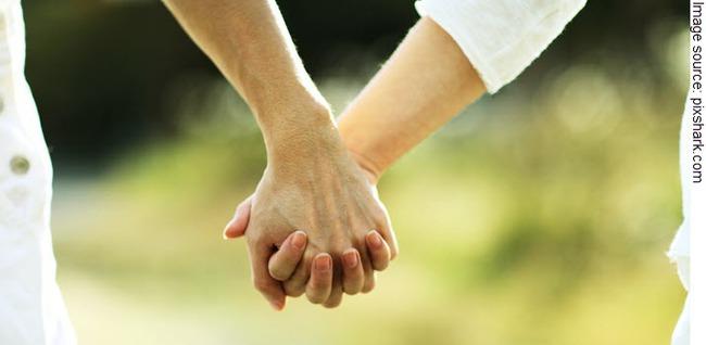 Chồng mà thường làm những điều này chứng tỏ anh ta yêu bạn hơn cả lời nói - Ảnh 2.
