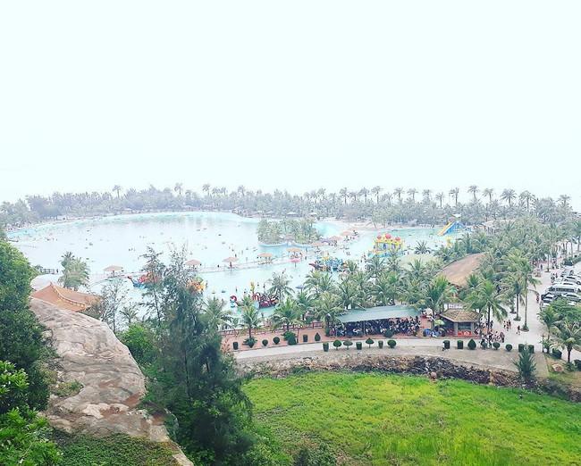 5 bãi biển thoải mái đi về trong 2 ngày cuối tuần gần Hà Nội