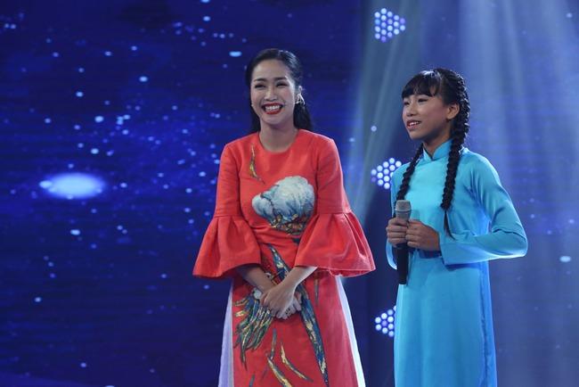 Đây là bé 13 tuổi vừa xinh, vừa hát dân ca hay như NSND Thu Hiền - Ảnh 21.