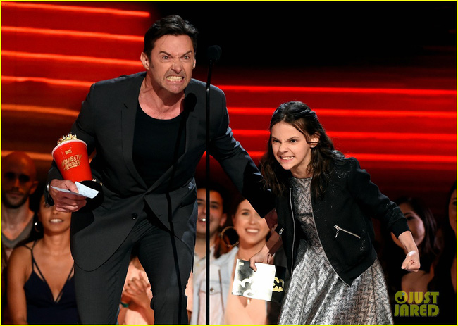 MTV Awards: Beauty and the Beast thắng phim của năm, Emma Watson sẵn tiện ẵm luôn giải diễn viên xuất sắc. - Ảnh 10.