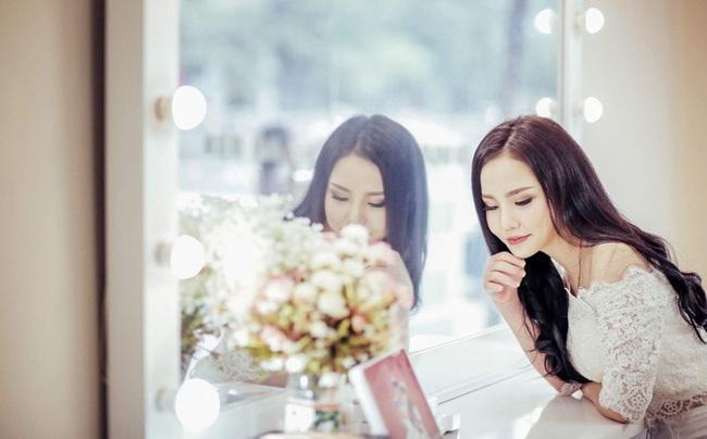 Bị bạn trai bỏ vì người thứ 3 xinh đẹp, cô gái Quảng Ninh chi tiền khủng đi thẩm mỹ - Ảnh 1.