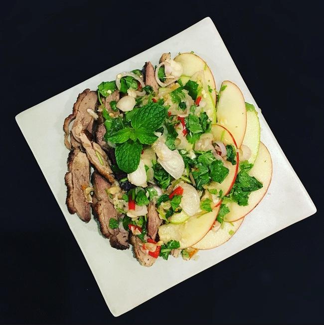 Đổi vị bữa cơm cuối tuần với món salad vịt cực hấp dẫn - Ảnh 6.