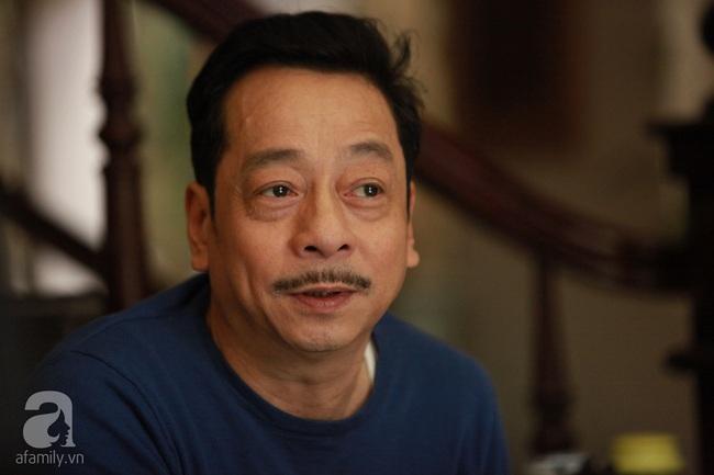 Ông trùm Phan Quân - NSND Hoàng Dũng: Từ người đàn ông bị cắm sừng đến ông trùm số 1 màn ảnh Việt - Ảnh 3.