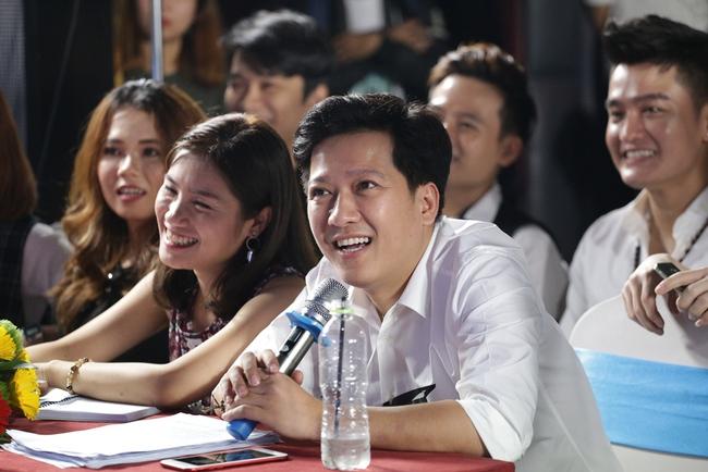 Trường Giang phấn khích trước hàng chục bản sao của Đàm Vĩnh Hưng - Ảnh 5.