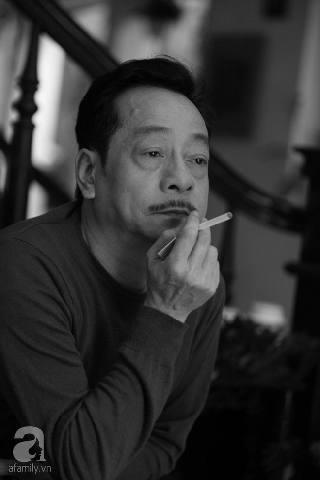 Ông trùm Phan Quân - NSND Hoàng Dũng: Từ người đàn ông bị cắm sừng đến ông trùm số 1 màn ảnh Việt - Ảnh 13.