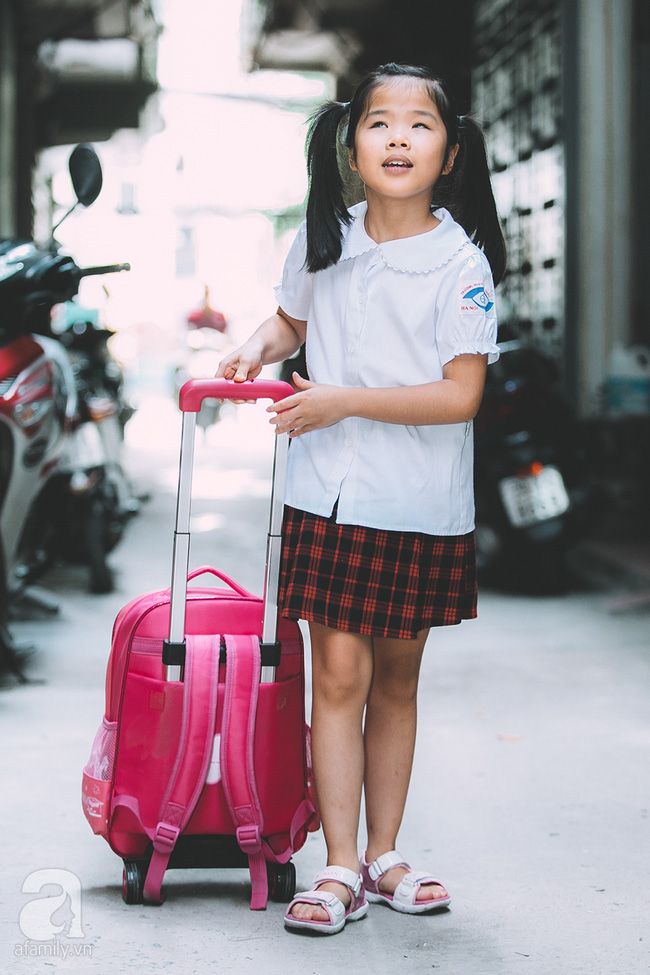 Mẹ bé khiếm thị gây sốt Vietnam Idol Kids: Tôi đã khóc rất nhiều khi con mình chẳng nhìn thấy gì cả! - Ảnh 6.