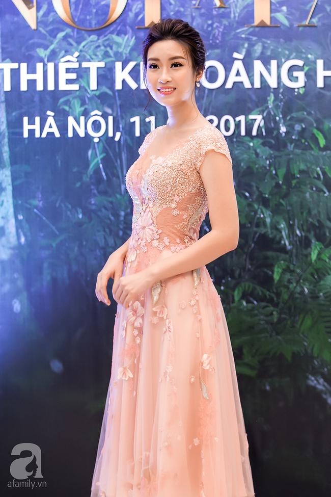 Hoa hậu Đỗ Mỹ Linh ngọt ngào như một nàng công chúa trong chiếc váy bồng bềnh - Ảnh 6.