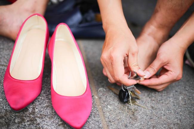 Khi đã đủ yêu thương phụ nữ, đàn ông có mang giày cao gót nhảy múa trên phố đi bộ cũng chẳng sao! - Ảnh 12.