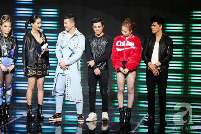 Hôn nhau trên sân khấu, Tronie - MiA loại bạn thân Tóc Tiên khỏi The Remix - Ảnh 2.