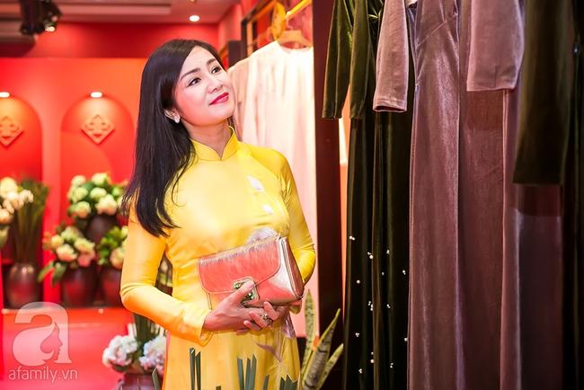 Ngọc nữ màn ảnh một thời - Thu Hà đẹp thanh lịch bên Hoa hậu Ngọc Hân - Ảnh 5.