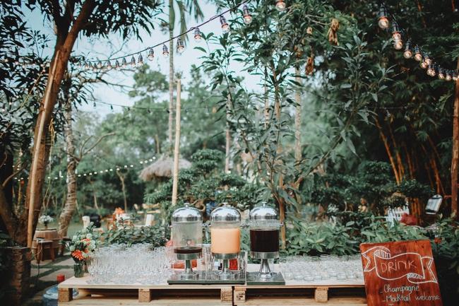 Yêu chết đi được với đám cưới siêu xinh tại khu vườn màu xanh của cặp đôi từng hẹn ước dưới mưa sao băng - Ảnh 10.