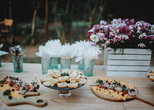 Đám cưới siêu xinh tại khu vườn màu xanh của cặp đôi từng ngầm hẹn ước dưới mưa sao băng - Ảnh 9.