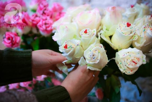 Doanh nhân chi 30 triệu đồng mua 99 bông hoa hồng phủ socola nhập khẩu tặng bạn gái dịp Valentine - Ảnh 6.