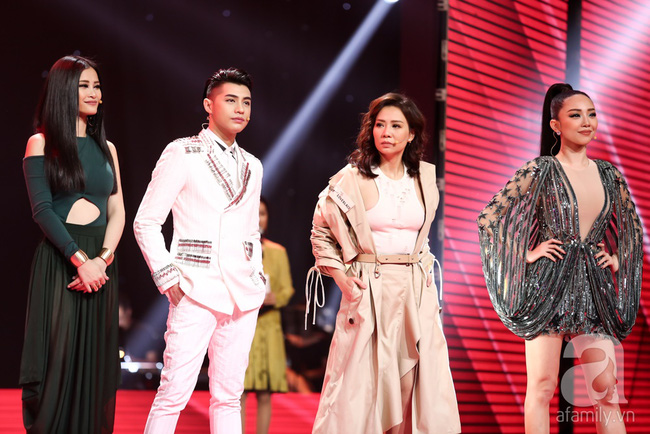 Đông Nhi một lần nữa cứu thiên thần Hàn Quốc Han Sara khiến khán giả khó chịu - Ảnh 1.