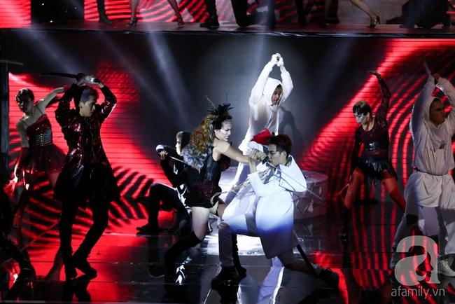Hóa nàng sen ở The Remix, Hương Giang Idol vẫn bị loại thẳng thừng - Ảnh 9.